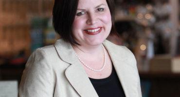Andrea McGinness headshot